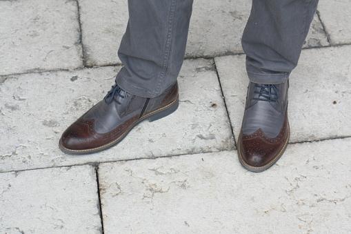 627398448 istock photo Man Autumn Classic Dress Shoe 1044433128