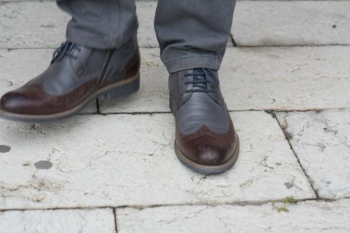 627398448 istock photo Man Autumn Classic Dress Shoe 1044433202