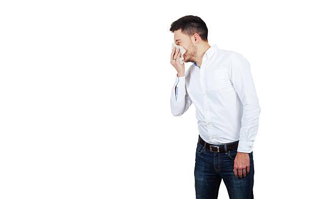 Mann bläst seine Nase 2 – Foto