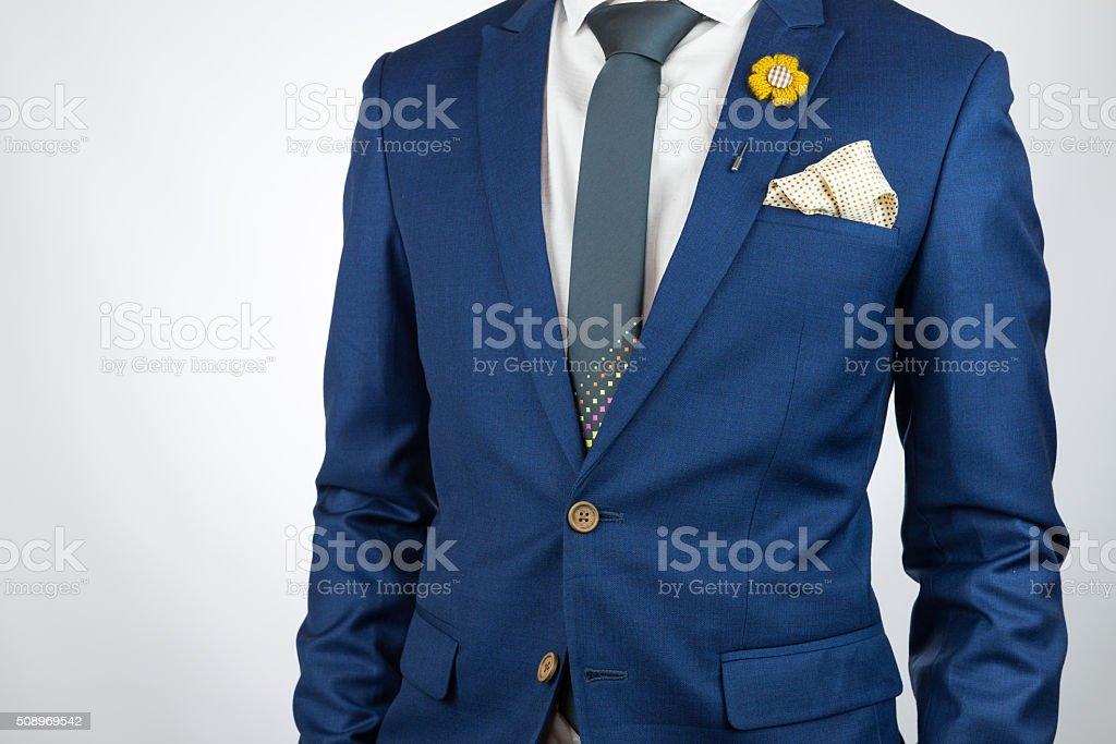 Mann Blauen Anzug Krawatte Brosche Mit Einstecktuch Stockfoto Und