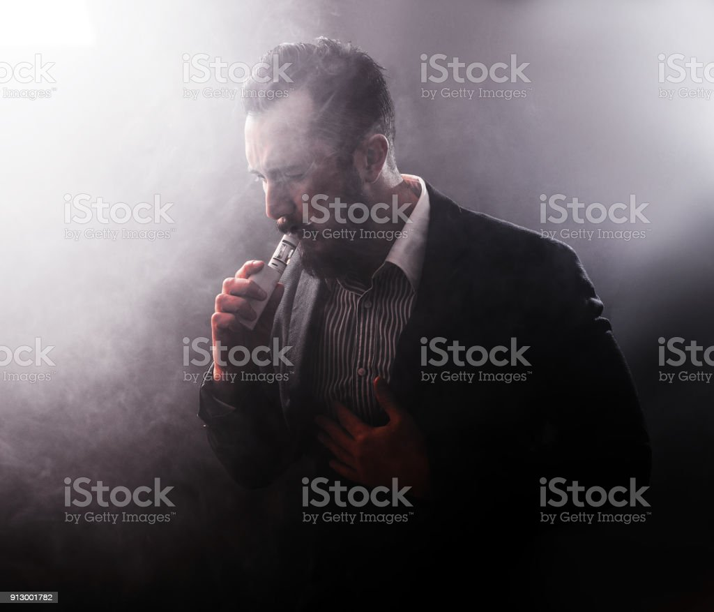 Man Coughing A Lot After Using Vaponizer Electronic