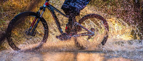 Homme cyclisme en flux - Photo