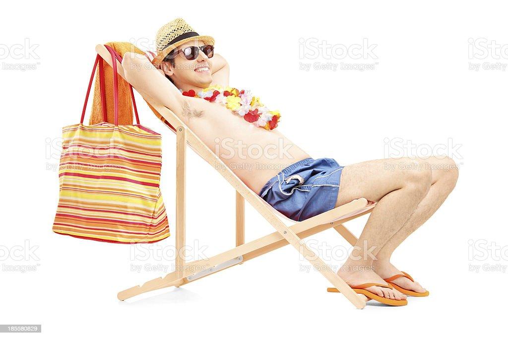 Photo Libre Droit Homme Sur Longue Une Appréciant Chaise De D9IEWH2