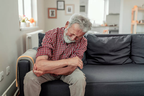 Man feeling elbow pain sport injury chronic rheumatism health problem picture id1156657085?b=1&k=6&m=1156657085&s=612x612&w=0&h=qj8lagw7pvp8sfj8zctfu8tmsjsjr0etzez0hp6lexq=