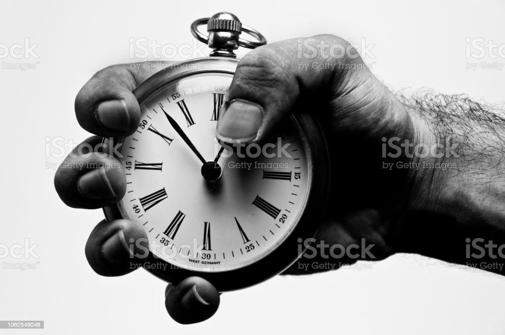 Mano hombre reloj, fondo blanco - foto de stock
