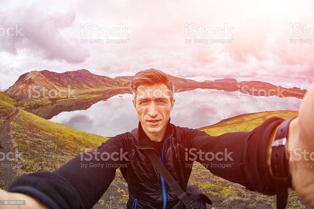 man hiker photographer Lizenzfreies stock-foto