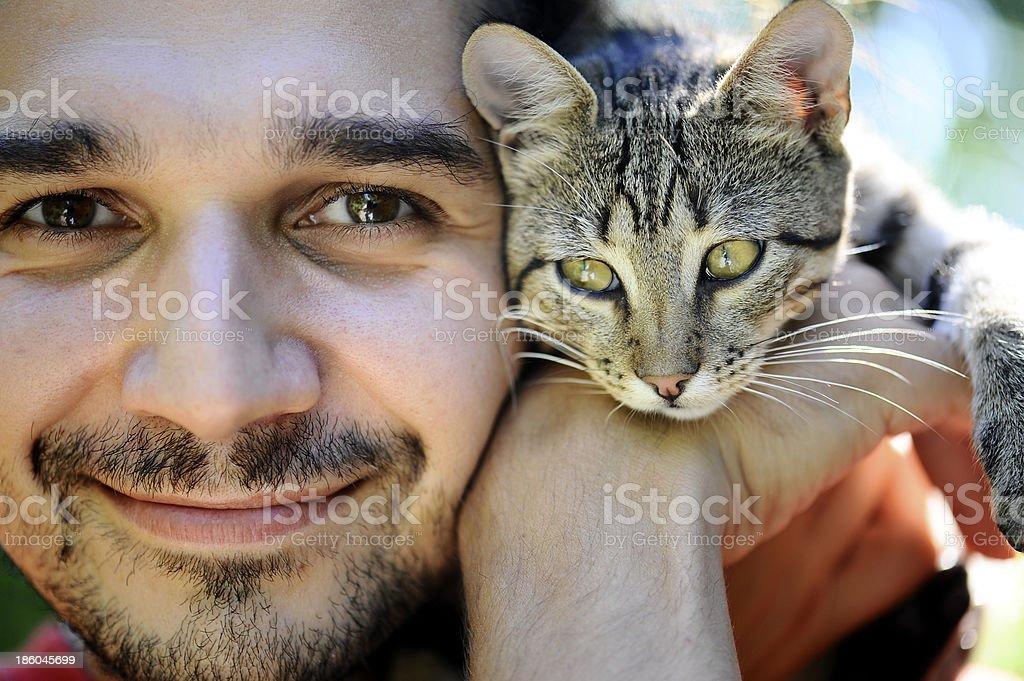 Mann, umarmen ein beliebter Muschi – Foto