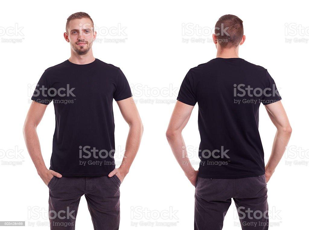 Homem em t-shirt preta - fotografia de stock