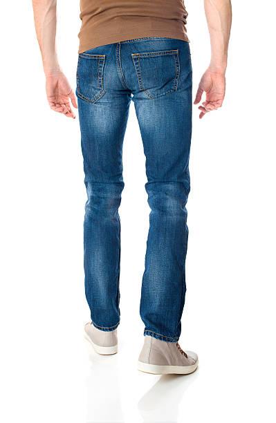 Homem em jeans branco - foto de acervo