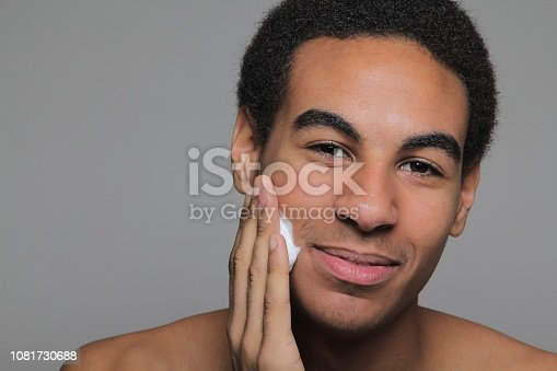 istock Man is ready for a barber 1081730688