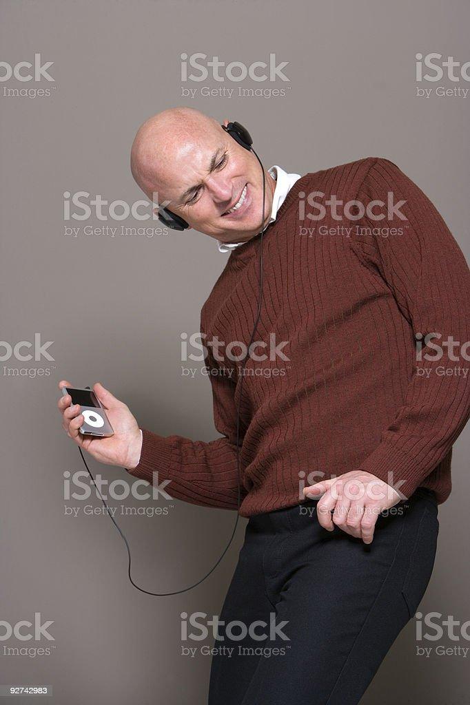 Mann Musik hören. Lizenzfreies stock-foto