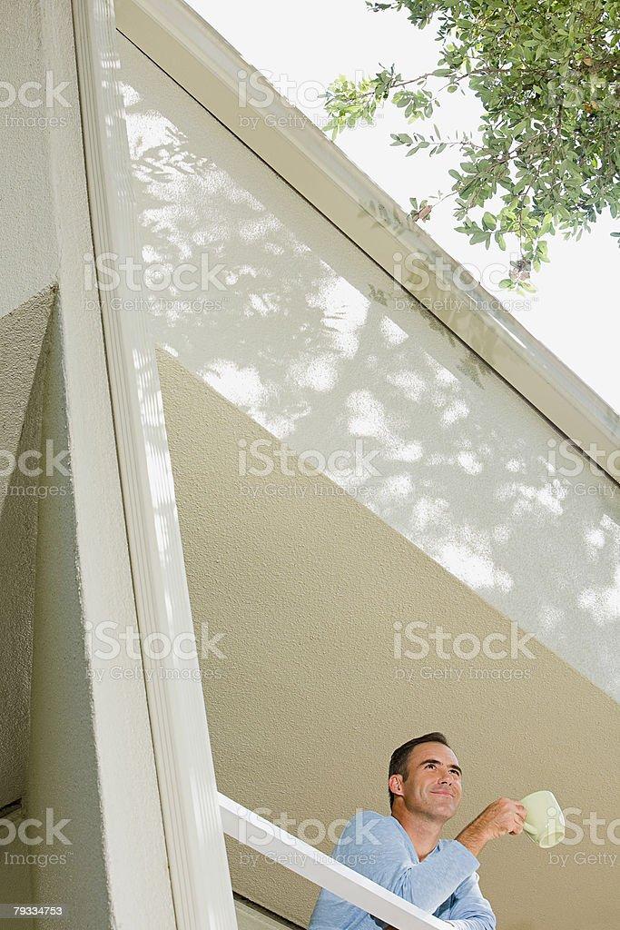 남자 있는 발코니 royalty-free 스톡 사진