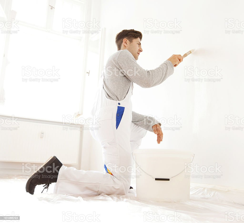 Man painting an appartment royalty-free stock photo