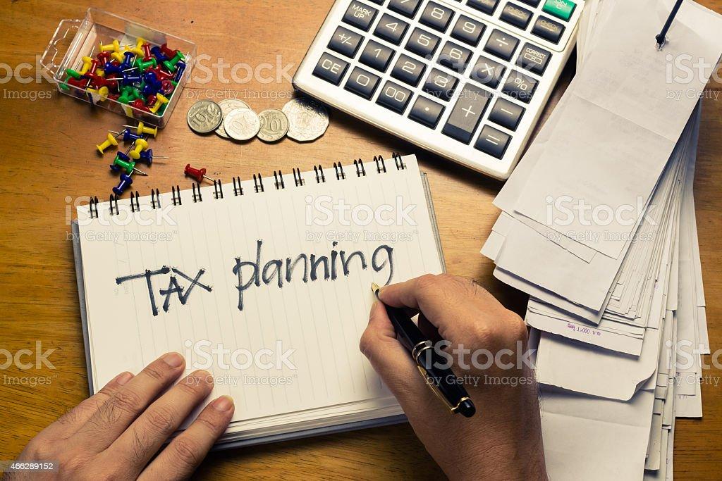 Zuzüglich Steuern Planung – Foto