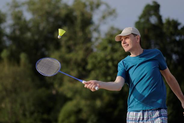 Homme, jouer au badminton - Photo