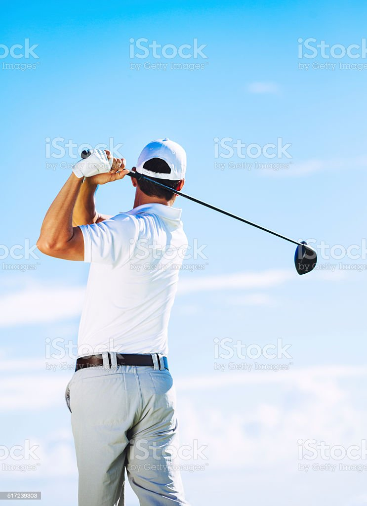 Homem jogando golfe - Foto de stock de Adulto royalty-free