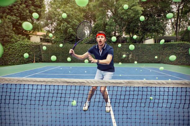 Homme jouant au tennis - Photo