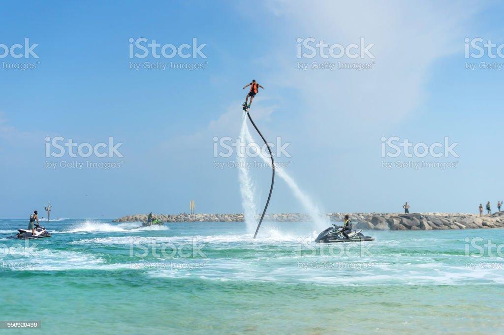 Lustige bilder männer am strand