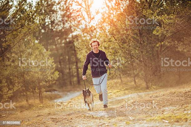 Man running with his dog picture id518659886?b=1&k=6&m=518659886&s=612x612&h=3tc5ukv9zggcai4eehkpi3ba by0cngjre8yyvfvok0=