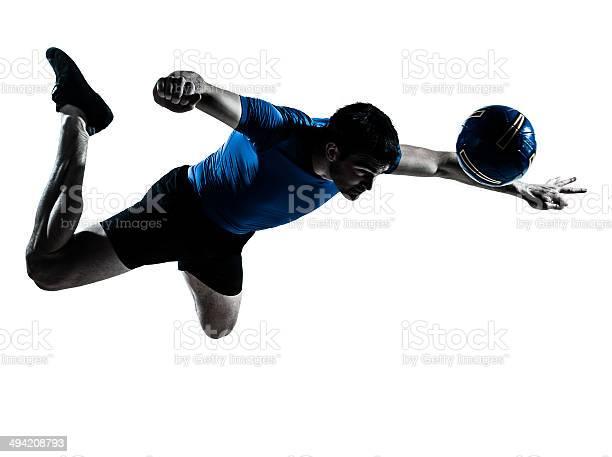 Man soccer football player silhouette picture id494208793?b=1&k=6&m=494208793&s=612x612&h=ernytu 6kzx abjsinq0d5o tgdy9lxghryfkvxnrwo=