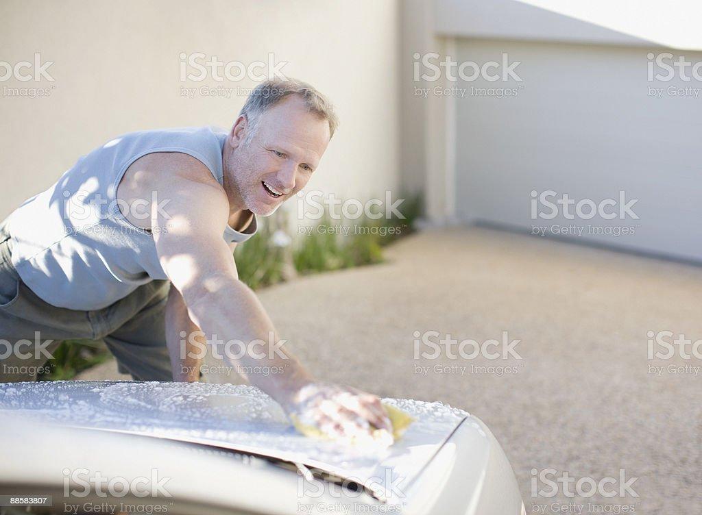 Man washing car 免版稅 stock photo