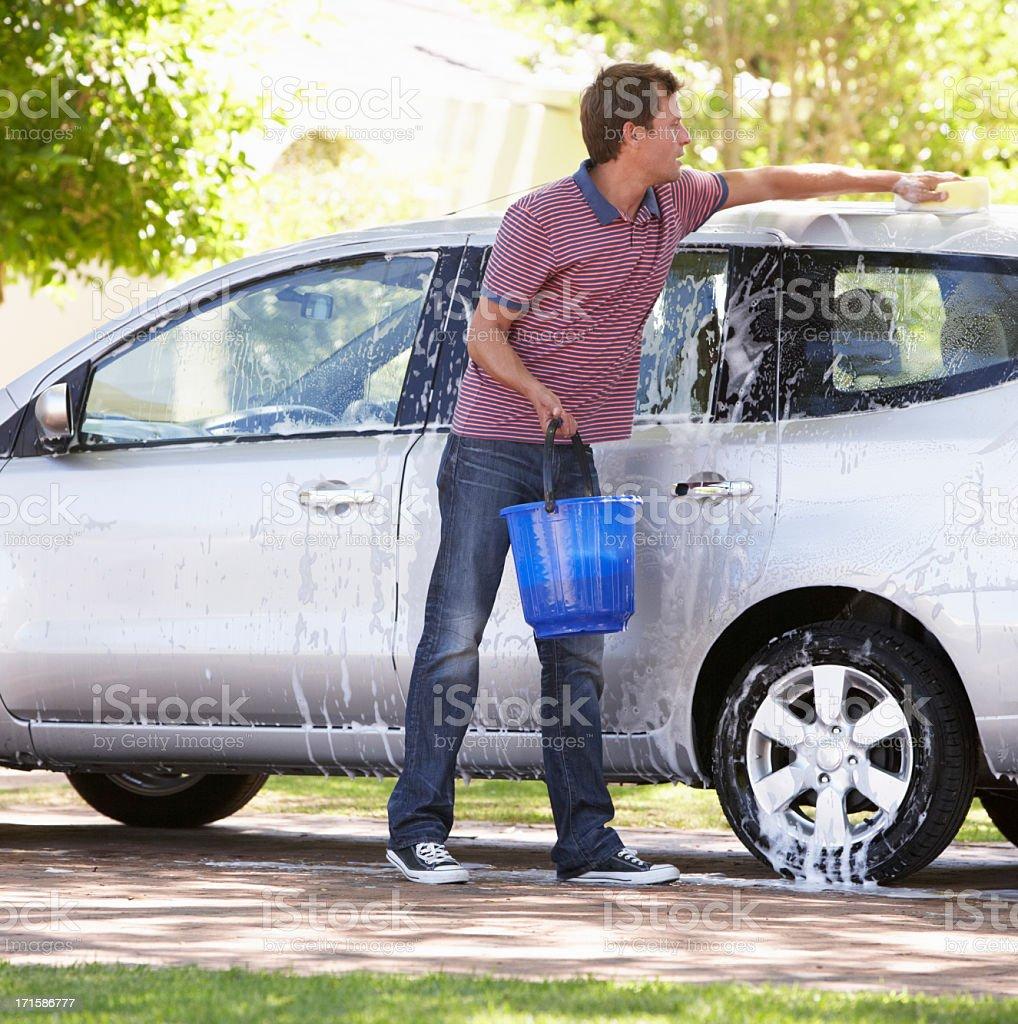 Mann Waschen Auto In Drive – Foto