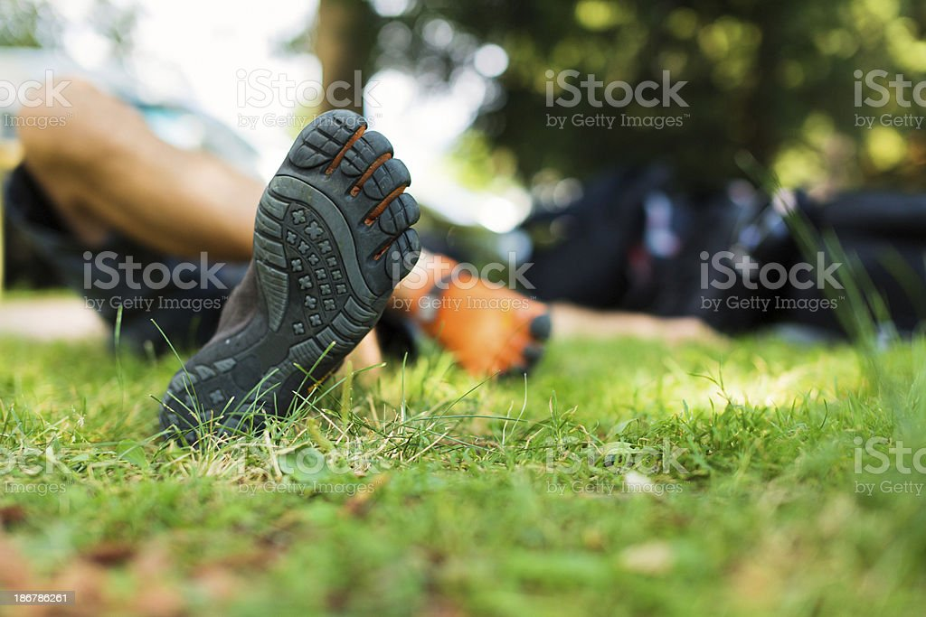 Mann mit Barfuß-Schuh - Lizenzfrei Barefoot Running Shoe Stock-Foto
