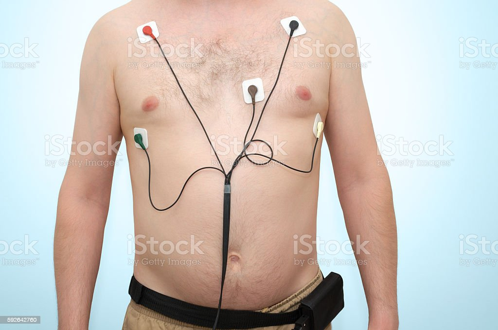 Man wearing holter monitor – Foto