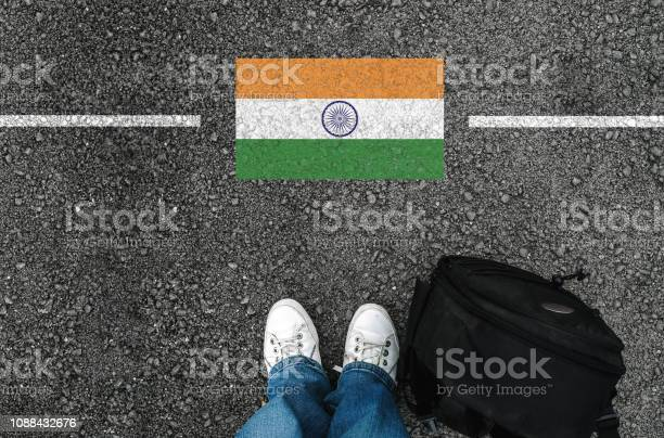 Man with a shoes and flag of indiar picture id1088432676?b=1&k=6&m=1088432676&s=612x612&h=su peyk 8cyvngquwh5jgqmxgadlx9nctvw odzrz 4=