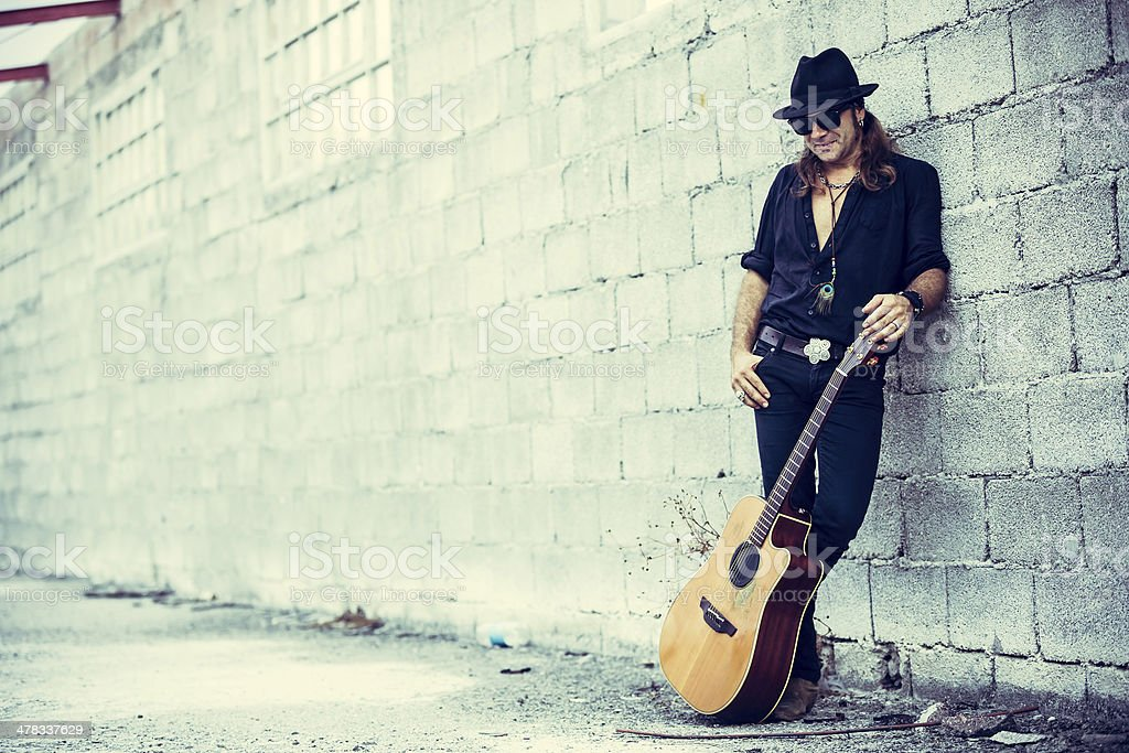 Mann mit Gitarre – Foto