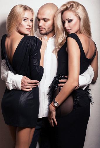 2 Girls Ein Mann