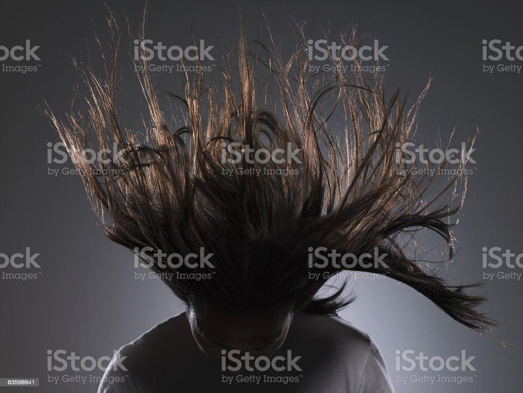 Człowiek z długie włosy w wiatr wieje zbiór zdjęć royalty-free