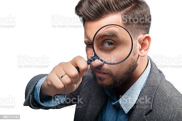 Man with magnifying glass on white background picture id480121442?b=1&k=6&m=480121442&s=612x612&h=ypx33g3 lchfj9w uhbgv1yqwbofsiqbjrwhgrb4w c=