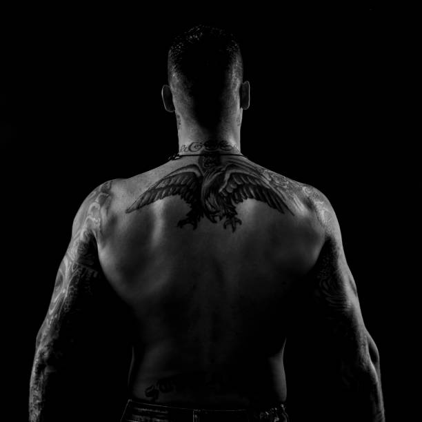 Rücken tattoos männer