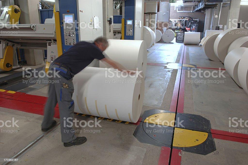 Hombre trabajando en una oficina#9 de impresión foto de stock libre de derechos