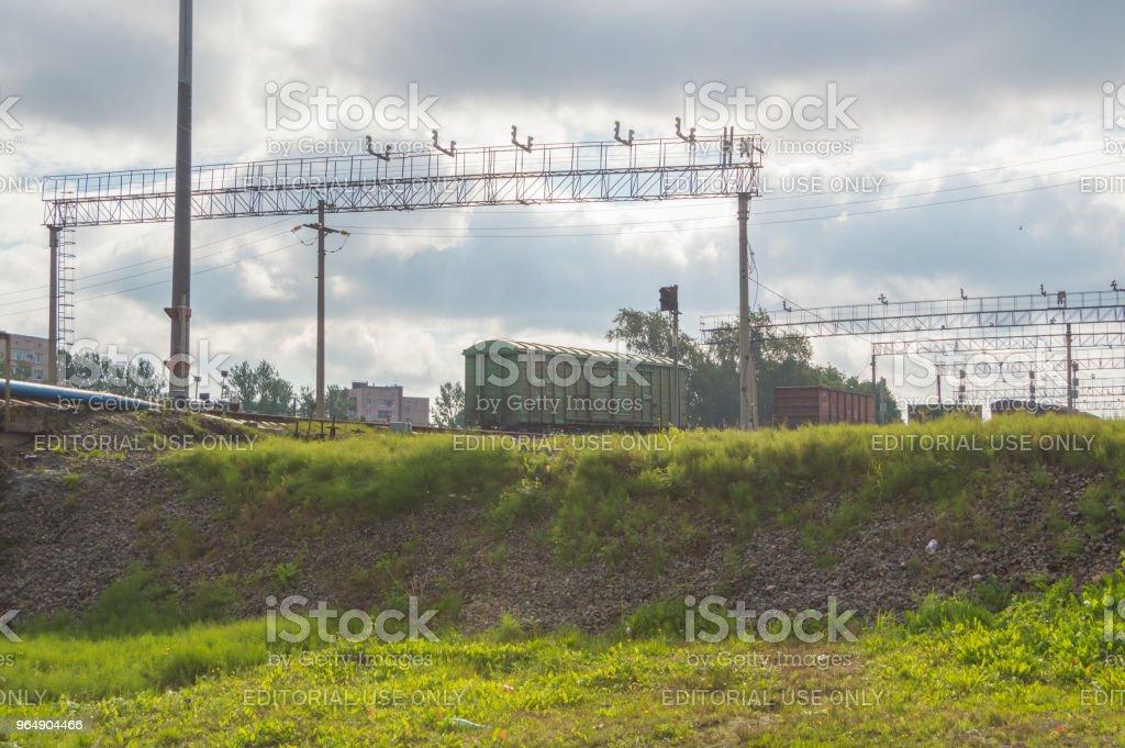 管理鐵路貨運列車的解散, 形成新的貨車。 - 免版稅交通圖庫照片