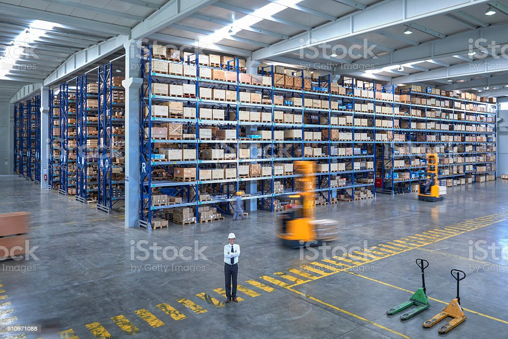 Manager im warehouse – Foto