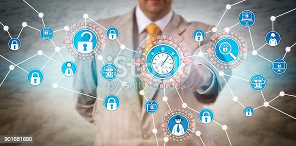 istock Manager Initiating Rapid INCIDENT RESPONSE 901681690