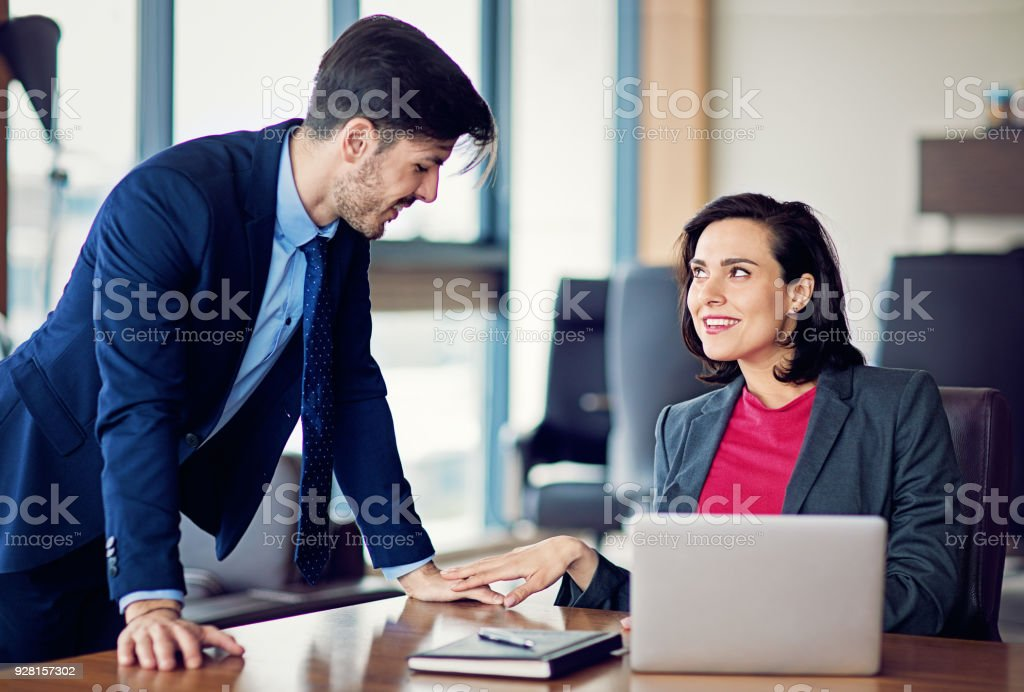 Flirten mit Kollegen