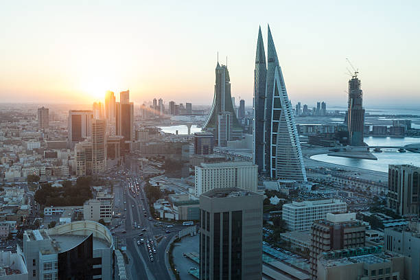 Manama, Bahrain, Stadt bei Sonnenuntergang – Foto