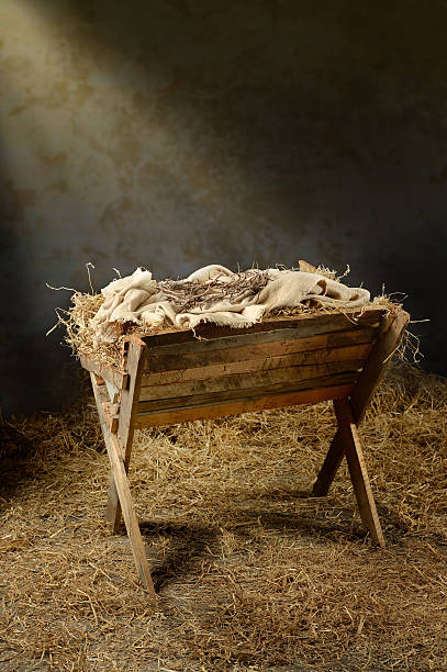 manger and crown of thorns - nativity scene stock pictures, royalty-free photos & images
