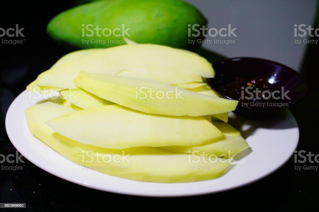Mango Fruit, with sweet Sour fish sauce foto de stock royalty-free