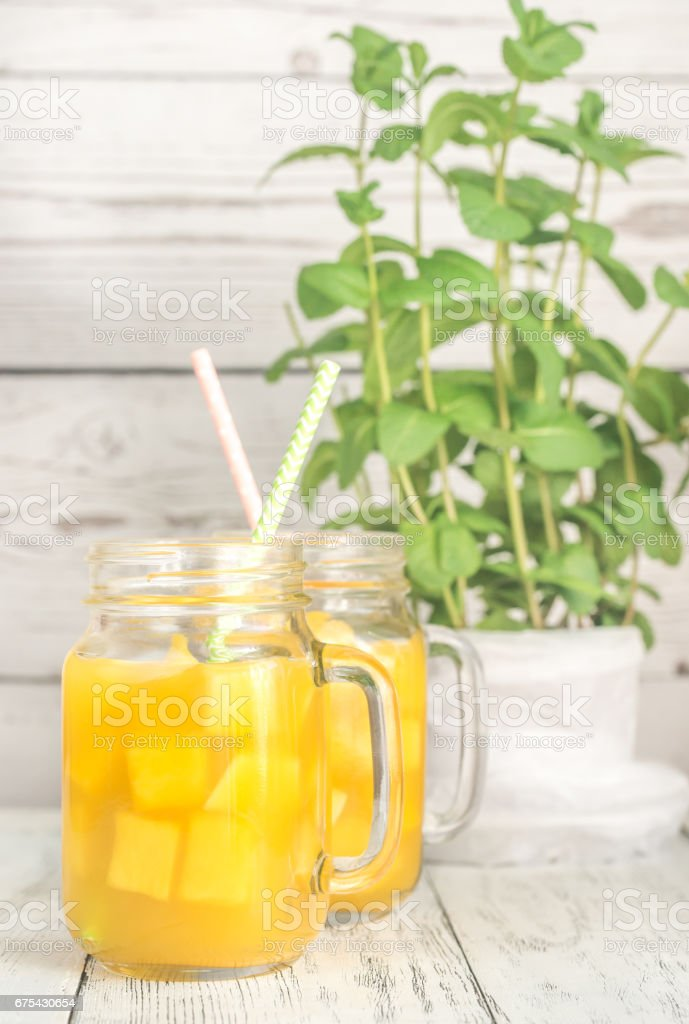 Mango suyu mason kavanoz royalty-free stock photo