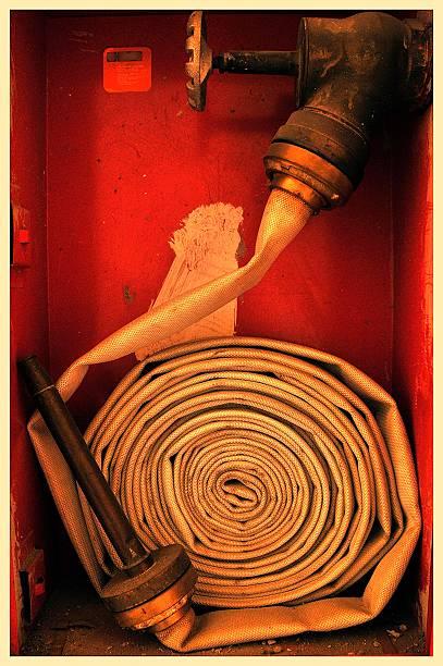 Mangueira anti-incêndio - foto de acervo