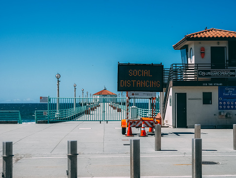 Manhattan Beach, California, COVID-19 pandemic alert