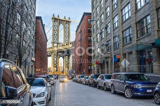 istock Manhattan Bridge between Renovated Warehouses 479309536