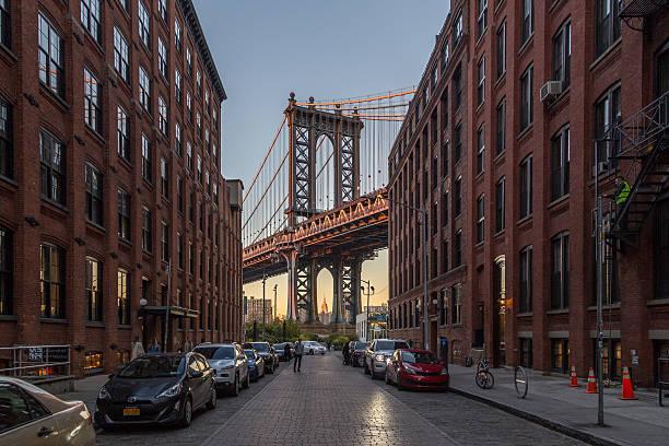 Ponte de Manhattan, na cidade de Nova York  - foto de acervo