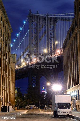 istock Manhattan Bridge Skyline 484014089