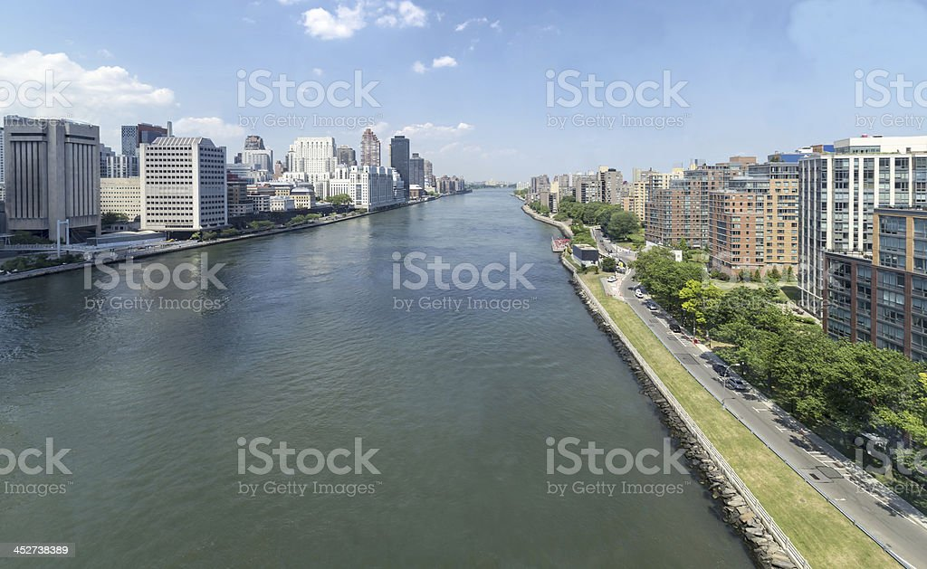 Manhattan - East river and Roosevelt island stock photo