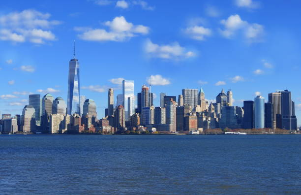 Manhattan Skyline Manhattan skyline and the Hudson River in the foreground, New York City, NY, USA new york state stock pictures, royalty-free photos & images